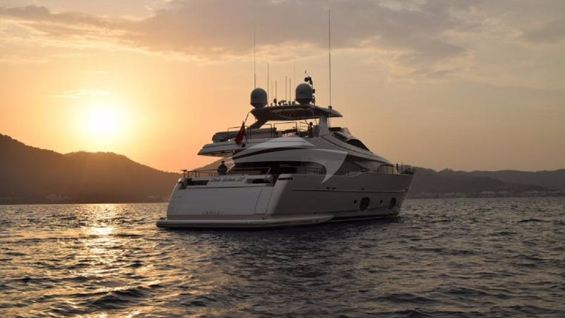 Yacht Charter SEA LION II