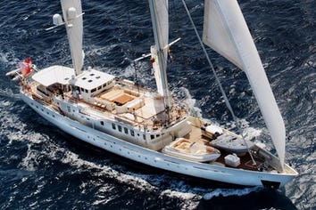 Luxury charter yacht DIONE STAR