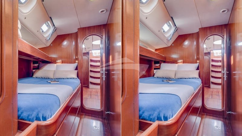 The stardboard cabin with & without the bunk bed
