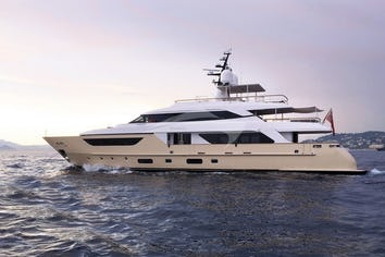 124ft Yacht SOURAYA