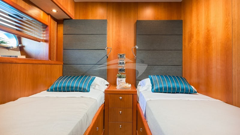 Starboard Twin cabin