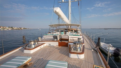 Aft deck steamers