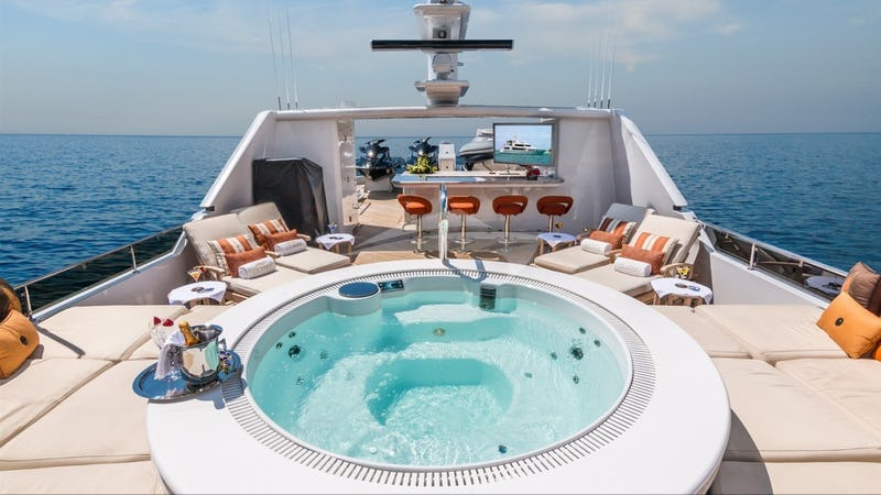 SUN DECK AND JACUZZI
