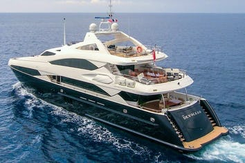 121ft Yacht THE DEVOCEAN