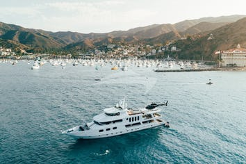 140ft Yacht LEIGHT STAR
