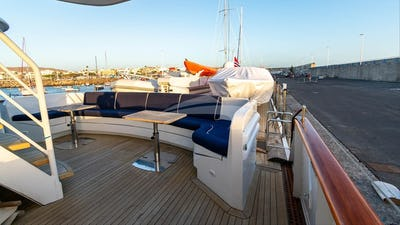 CHANTAL YACHT FOR CHARTER