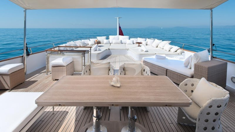 SIRAHMY :: Deck Seating