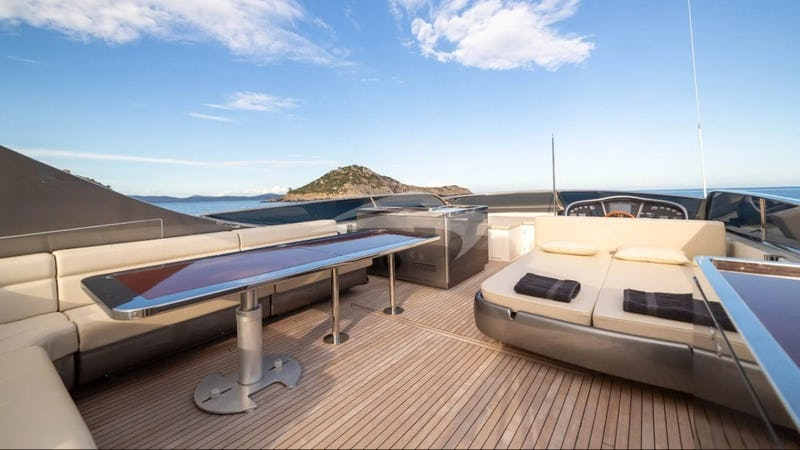 F12 :: Deck Seating