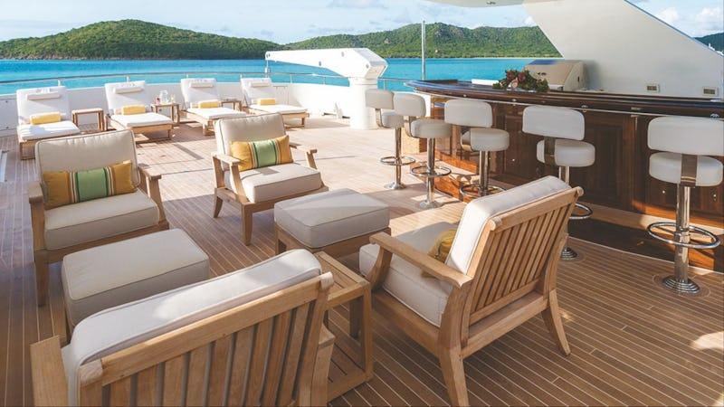 Sun deck and bar