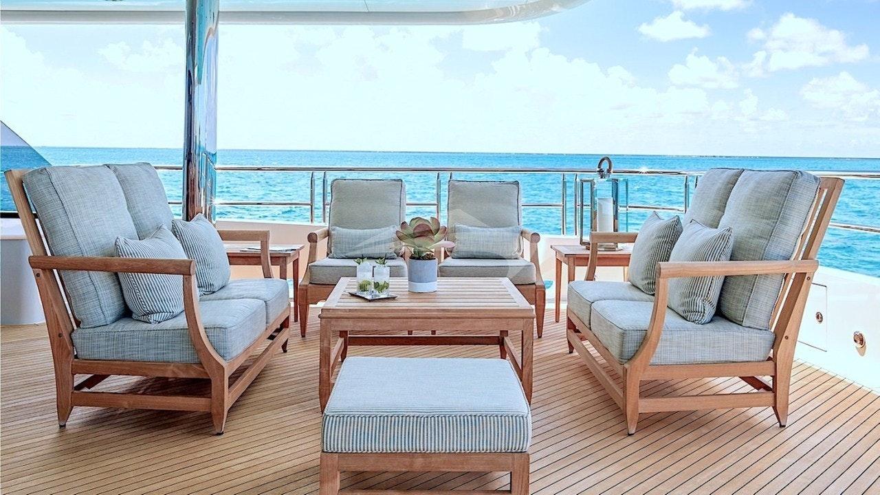 Skylounge aft deck seating port&starboard