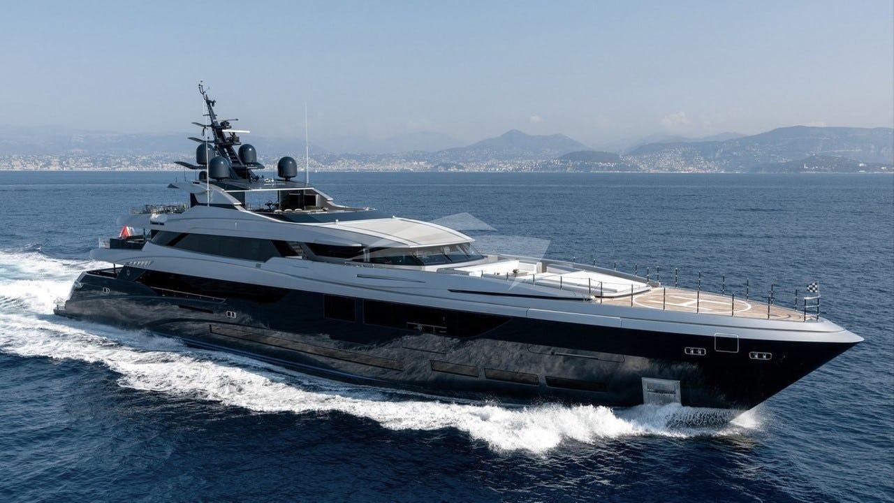 Yacht SARASTAR Charter Yacht