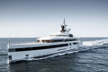 Lady S Superyacht Charter