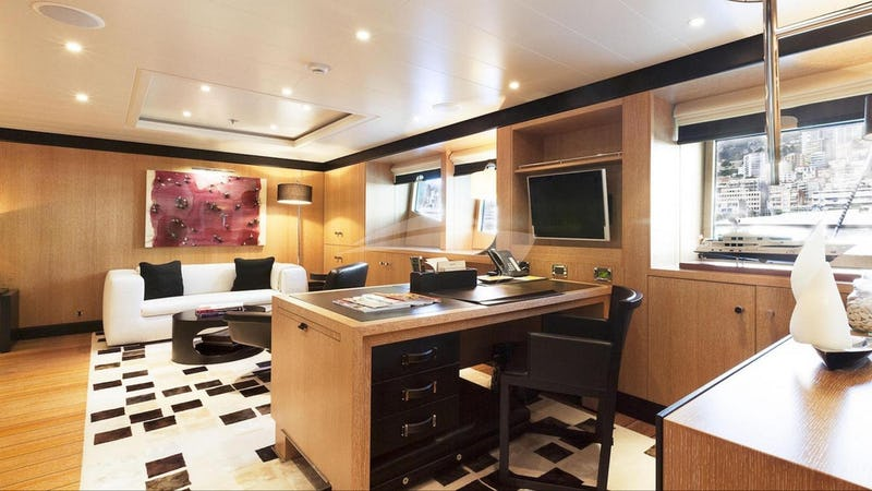 Master stateroom office and seating