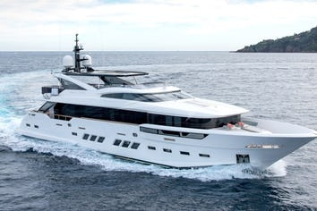 112ft Yacht SOULMATE