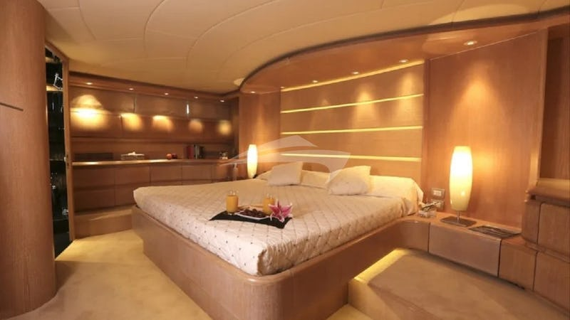 IF :: Master Stateroom