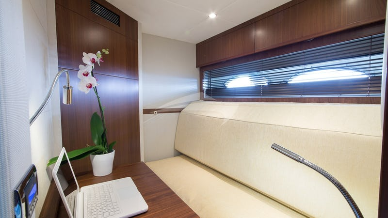 Convertible cabin (pullman / office)
