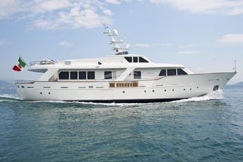 97ft Yacht MRS WHITE