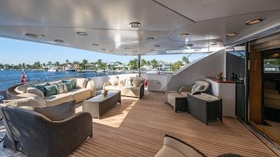 Fly bridge master private deck