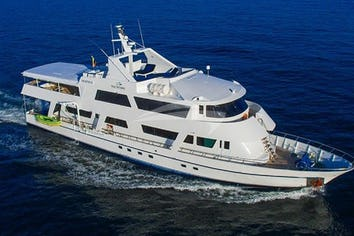 104ft Yacht BLUE SPIRIT