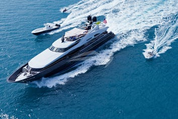 123ft Yacht TEMPTATION