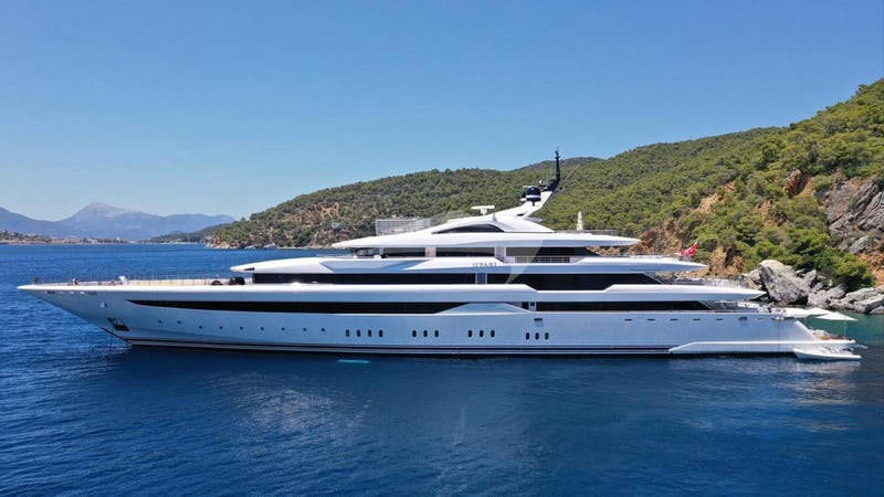O'PARI Yacht for Charter
