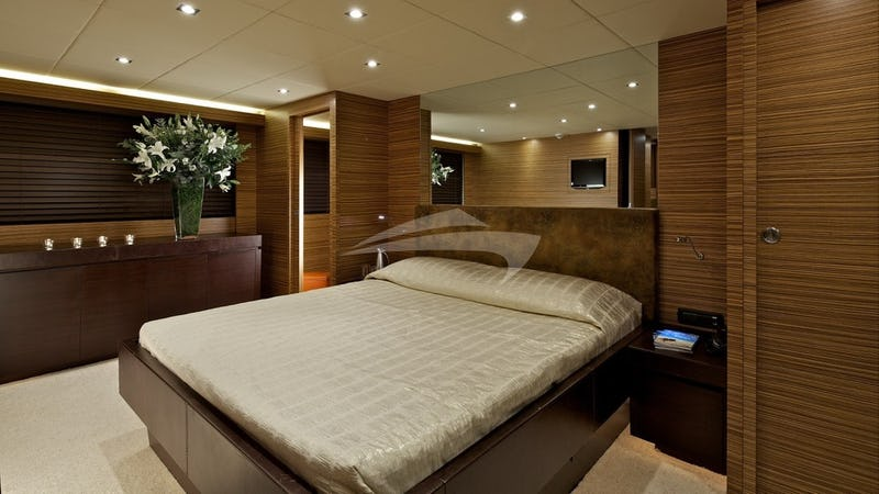Double Cabin & En Suite