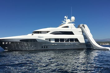 137ft Yacht I SEA