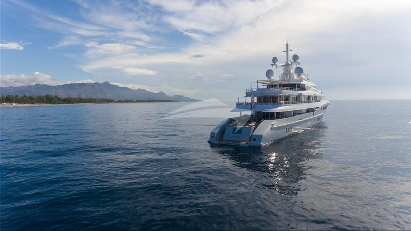 Stern at anchor