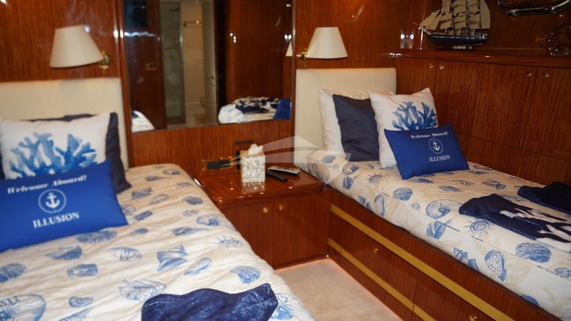 Guest Stateroom (Full bed & Twin)