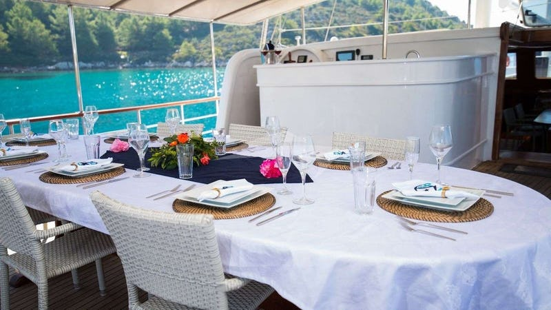 KORAY EGE :: Deck Dining