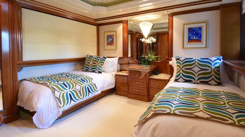 LADY MICHELLE :: Twin Stateroom