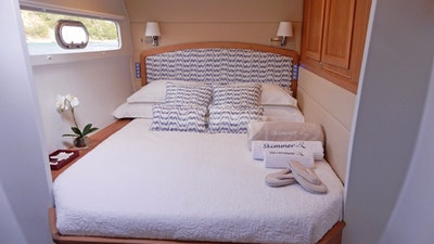 Forward Port King Guest Cabin