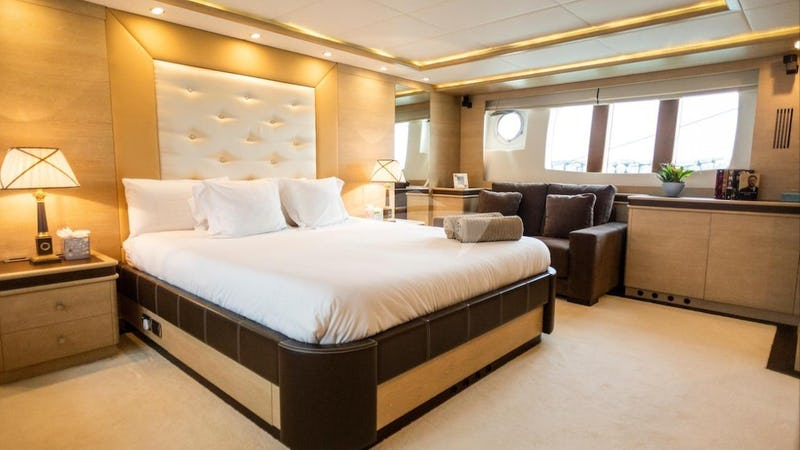 GRACE :: Master Stateroom