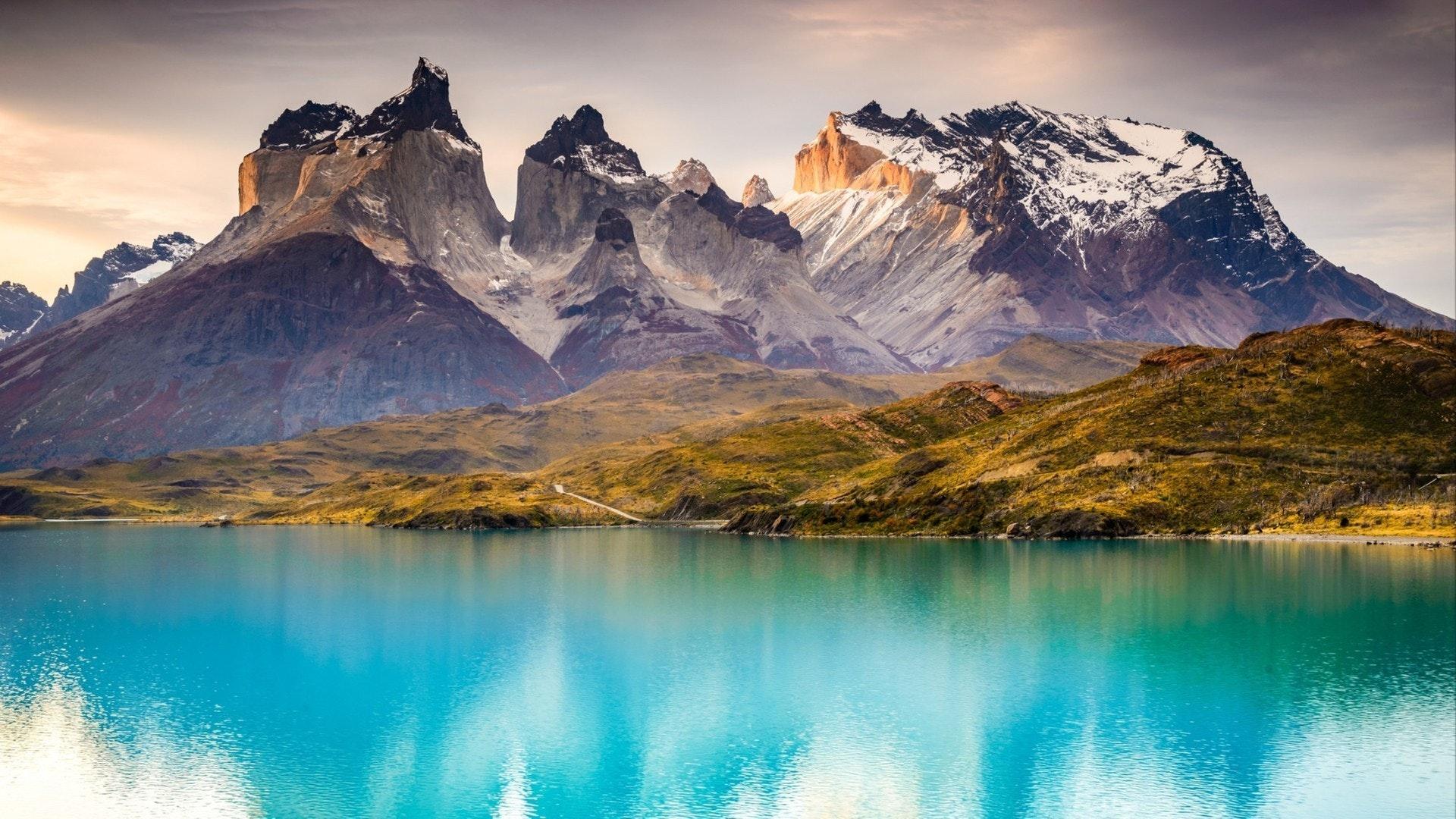 Торрес-дель-Пайне, в Южном Патагонском ледовом поле, регион Магелланес Южной Америки