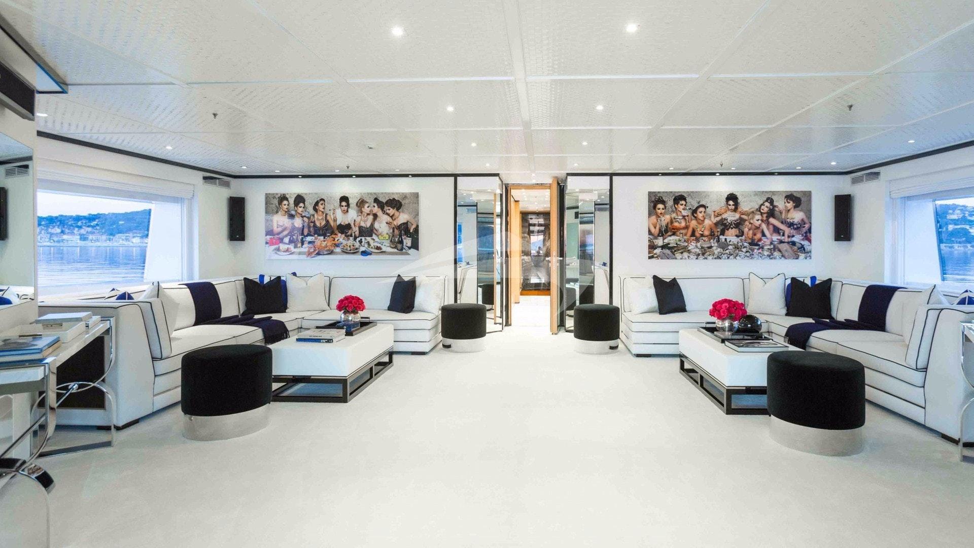 Skye Lounge