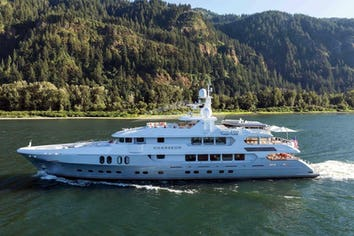 160ft Yacht CHASSEUR