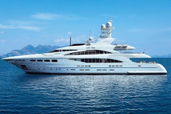 Luxury charter yacht LADY DEE