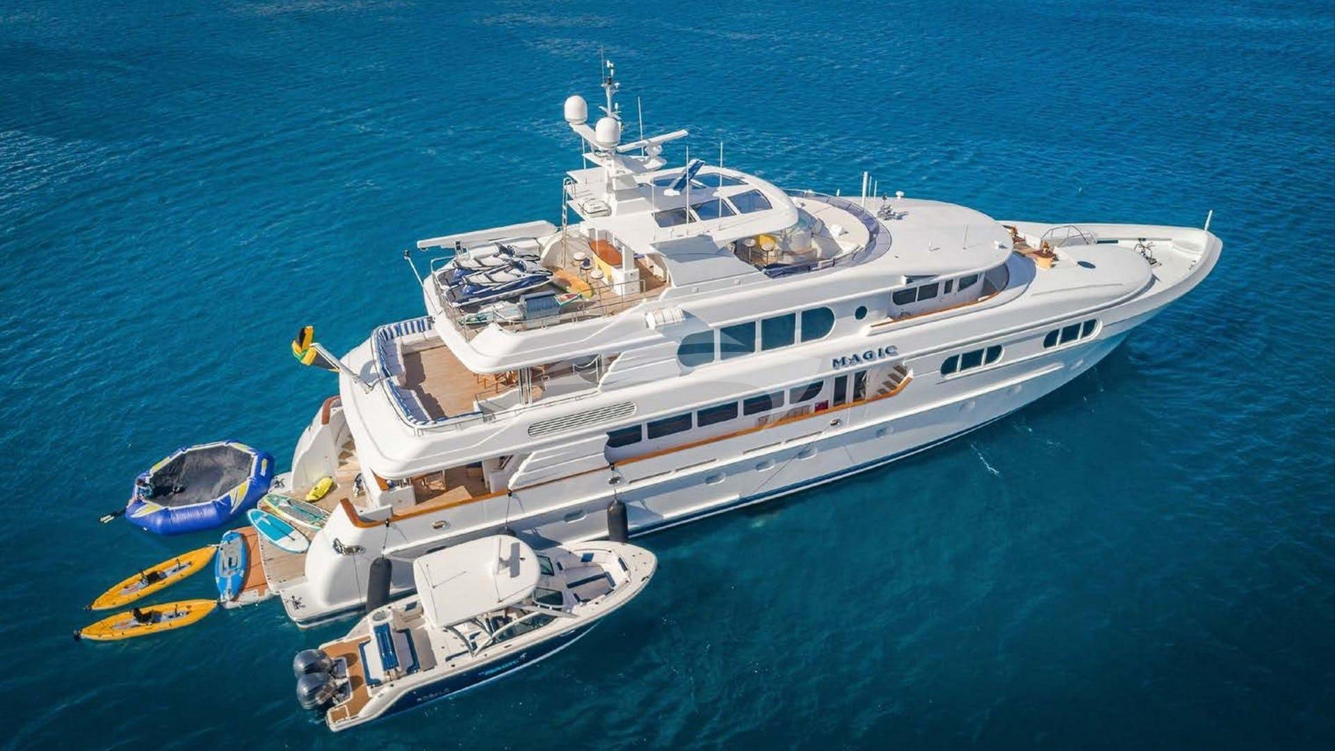Yacht MAGIC 130 Charter Yacht