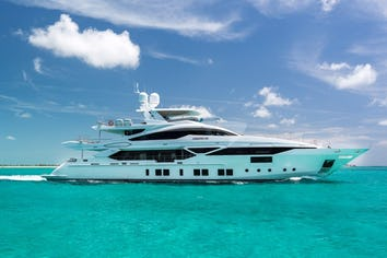 Luxury charter yacht CHEERS 46