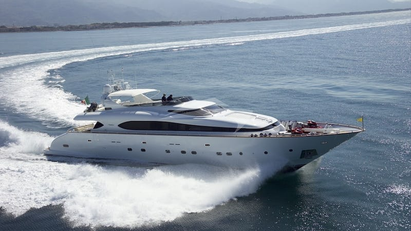 Yacht Charter SEA JAGUAR