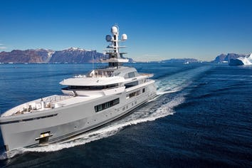 Cloudbreak Superyacht Charter