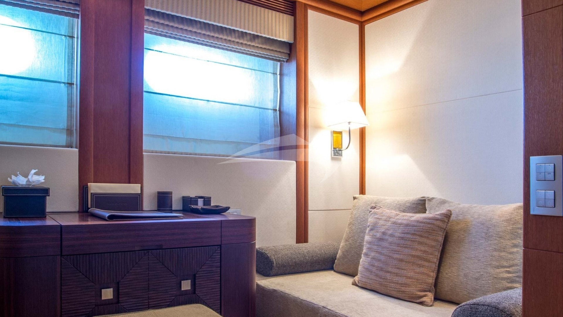 Cabine double avec canapé d'angle