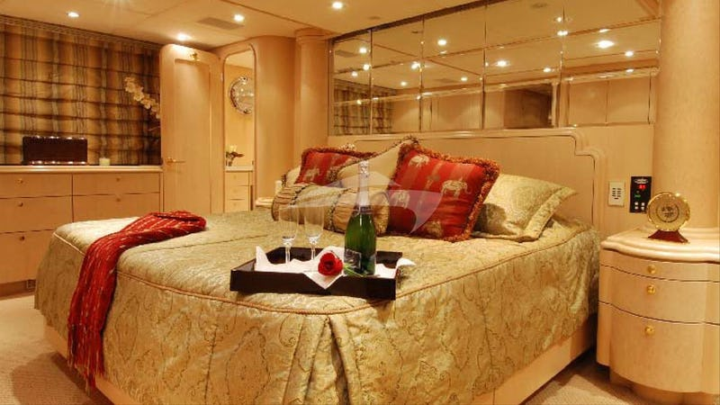 MARGAUX :: Master stateroom