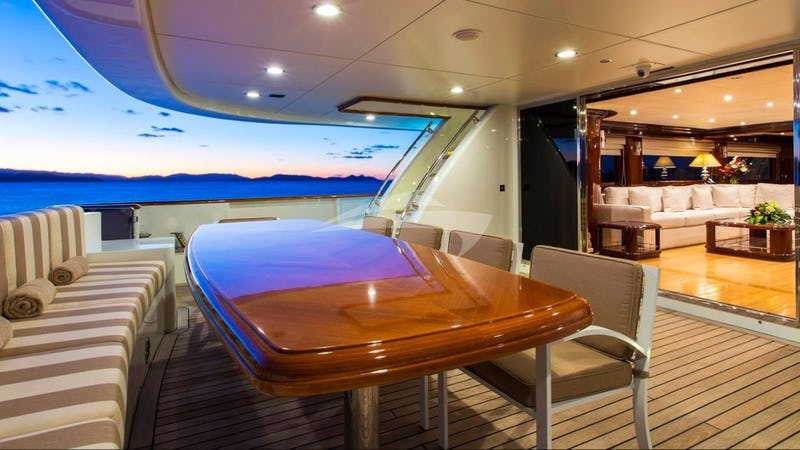 Welcome on board | Main Aft Deck
