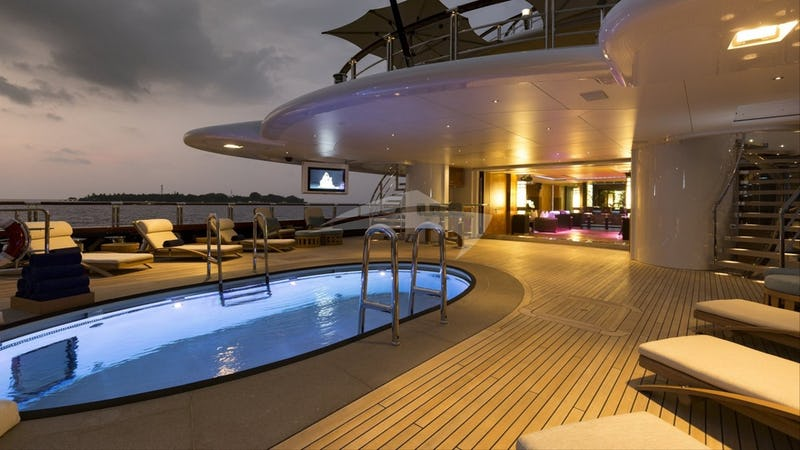 Deck and Jacuzzi