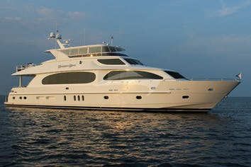 101ft Yacht CARBON COPY