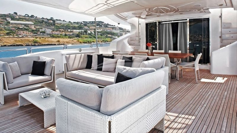 TUTTO LE MARRANE :: Deck seating