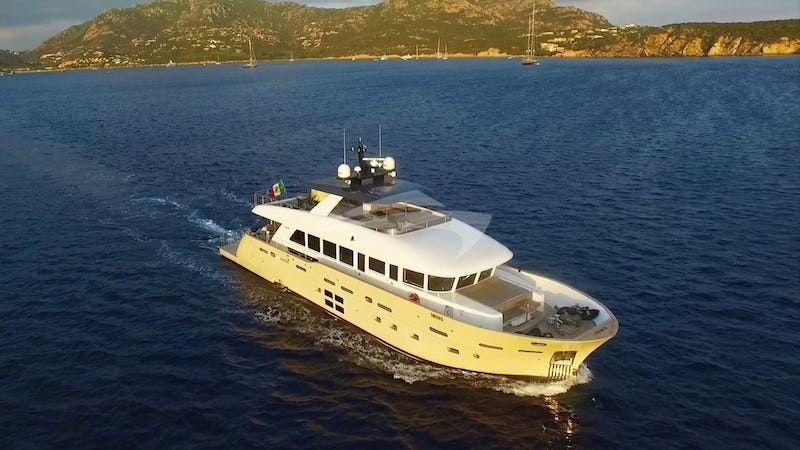 Yacht Charter DON MICHELE
