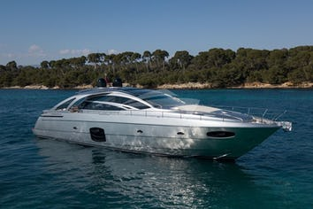 70ft Yacht MX5