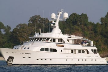 138ft Yacht MAVERICK